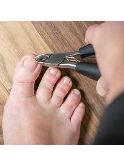 Pince et ciseaux à ongles